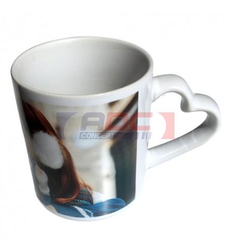 Mug avec une anse forme cœur Ø 7,2 cm H 9 cm