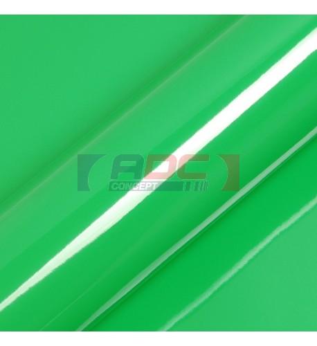 Vinyle adhésif Suptac S5360B Vert Fougère brillant - Durabilité jusqu'à 10 ans