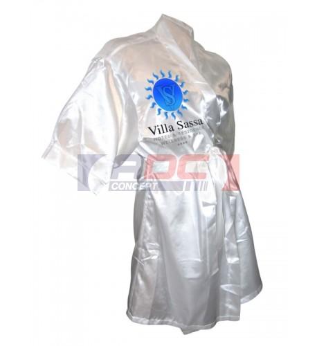 Kimono 100% satin blanc avec 2 grands rabats (vendu à l'unité)