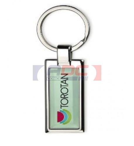 Porte-clé rectangulaire en métal chromé avec marquage doming