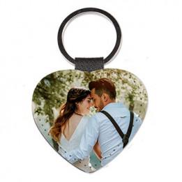 Porte-clé en cuir synthétique coeur 6,2 x 5,8 cm (vendu à l'unité)