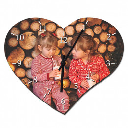 Horloge forme coeur en fibres dures (MDF) 35,5 x 28,5 cm (vendu à l'unité)
