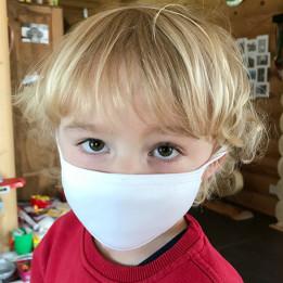 Masque respiratoire blanc 100% polyester extérieur 80% coton intérieur taille 5-8 ans 15,5 x 10 cm (vendu à l'unité)