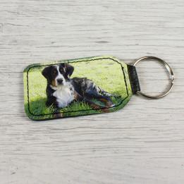 Porte-clé en cuir synthétique rectangulaire 4 x 7 cm (vendu à l'unité)