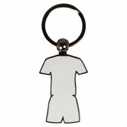 Porte-clé en métal tenue sportive maillot + short 5,1 x 3,6 cm (vendu à l'unité)